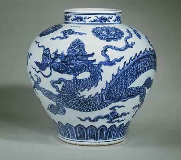 Ваза династии Мин (15 век)
