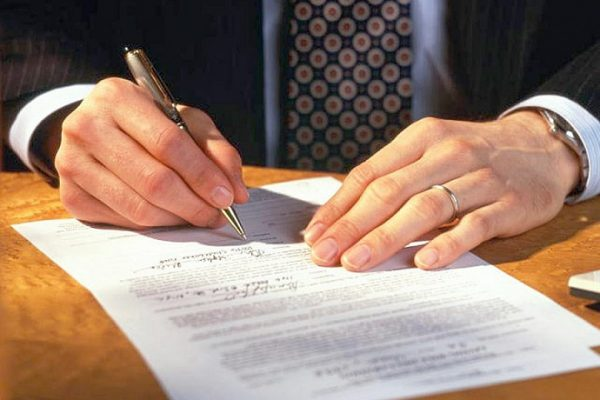 Переуступка долга: правила и процедуры