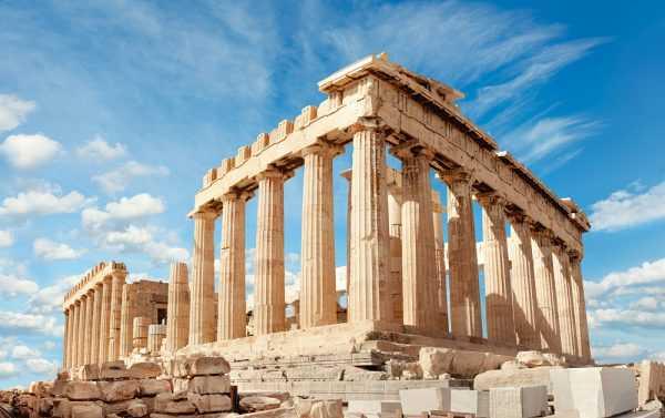 Храм в Акрополе