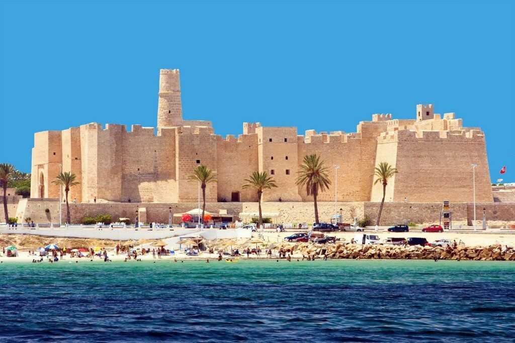Нужен ли в тунис загранпаспорт
