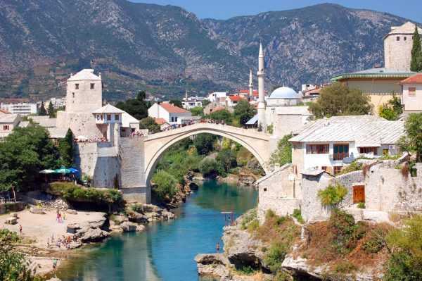 Каменный мост в боснийском городе