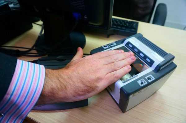 Биометрия на визу в США