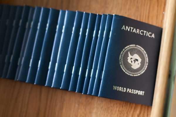 Паспорта Антарктиды