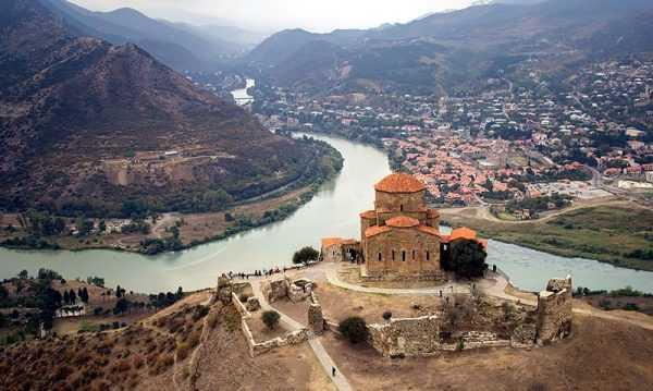 Крепости и горы