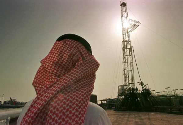 Добыча нефти в пустыне