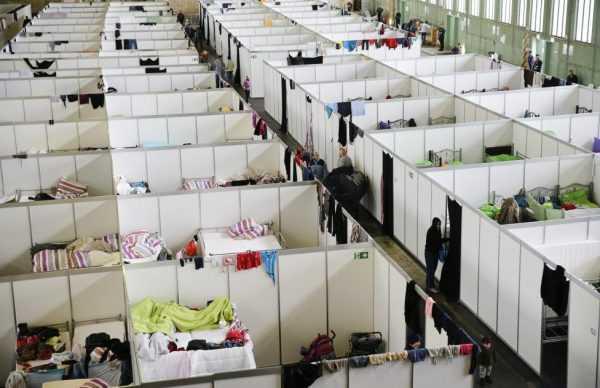 Лагерь беженцев в Голландии