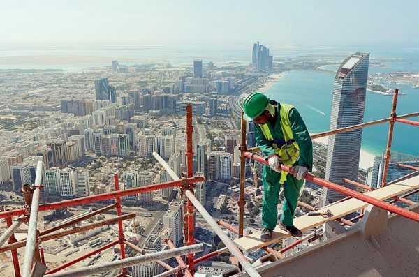 Строитель в ОАЭ