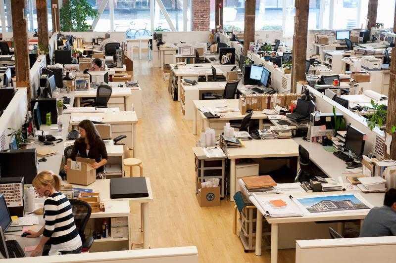 Место работы в трудовом договоре