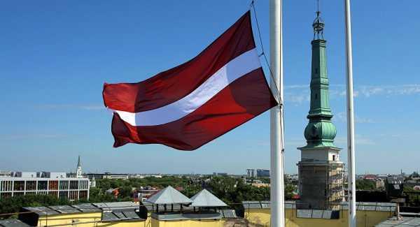 Флаг в одном из городов Латвии
